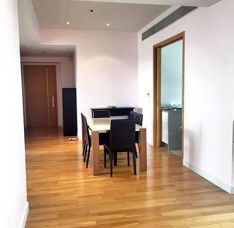 Two bedroom property for rent in Asoke - Hallway