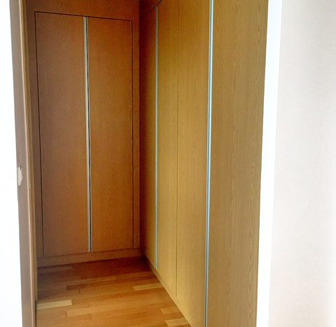 Two bedroom property for rent in Asoke - Wardrobe