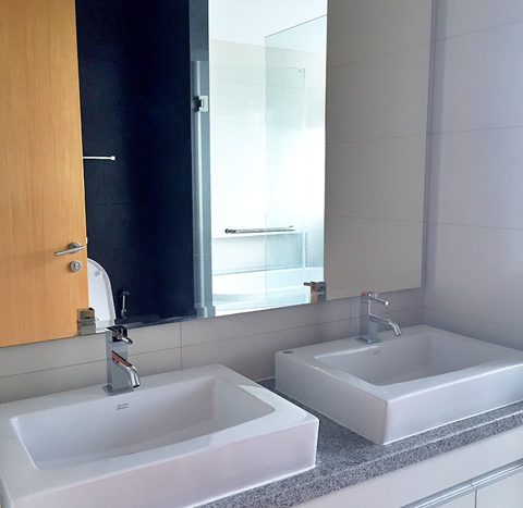Two bedroom property for rent in Asoke - Sink
