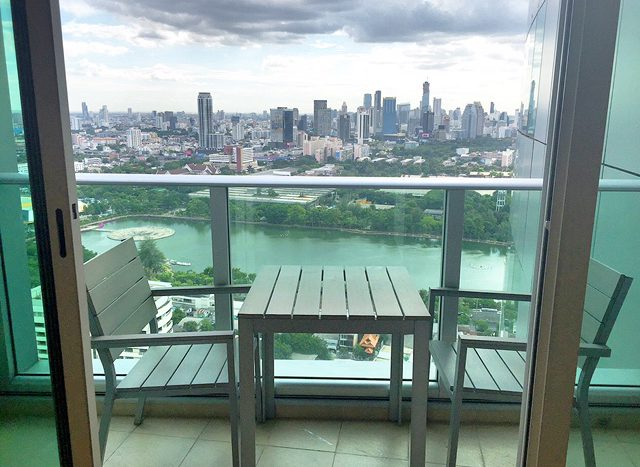 Two bedroom property for rent in Asoke - Balcony view