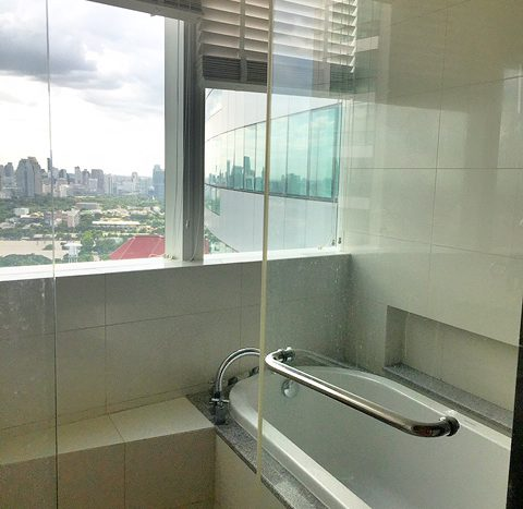 Two bedroom property for rent in Asoke - Bathroom
