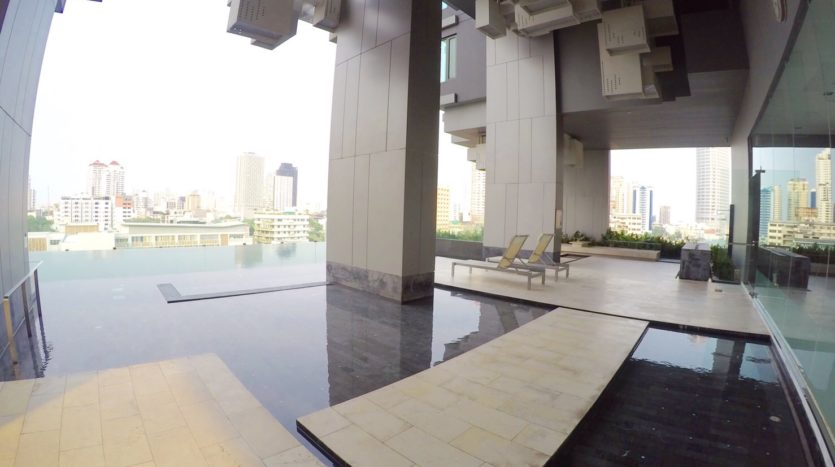 One bedroom condo for rent in Thong Lo - Swimming pool