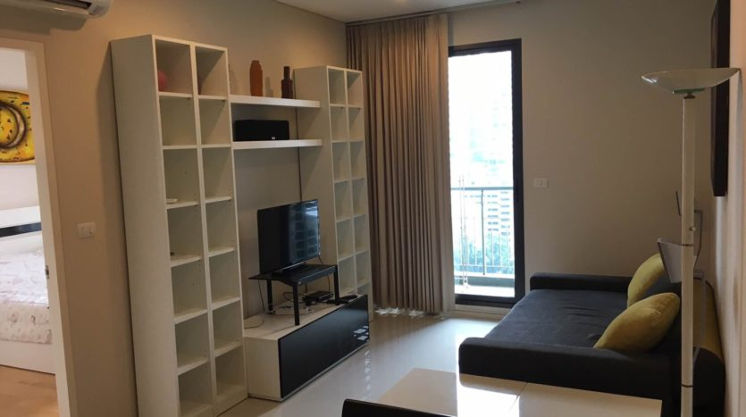 One bedroom unit for rent in Asoke - Living area
