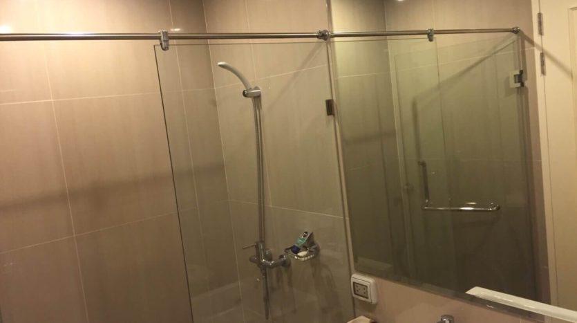 One bedroom unit for rent in Asoke - Bathroom