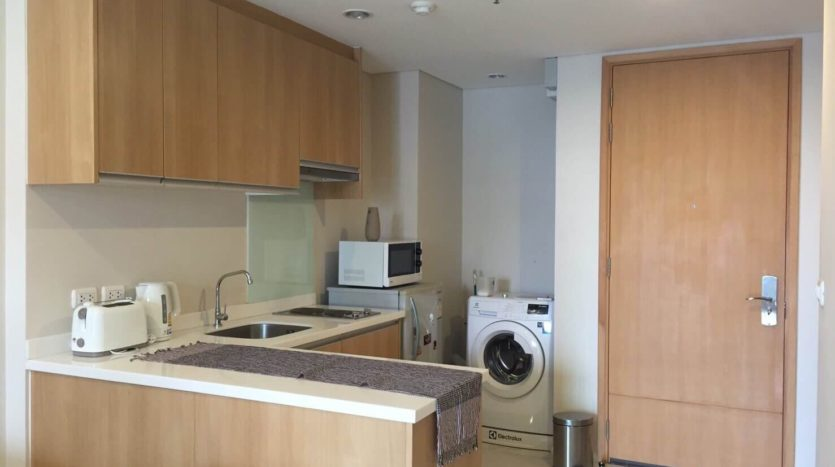 One bedroom unit for rent in Asoke - Kitchen