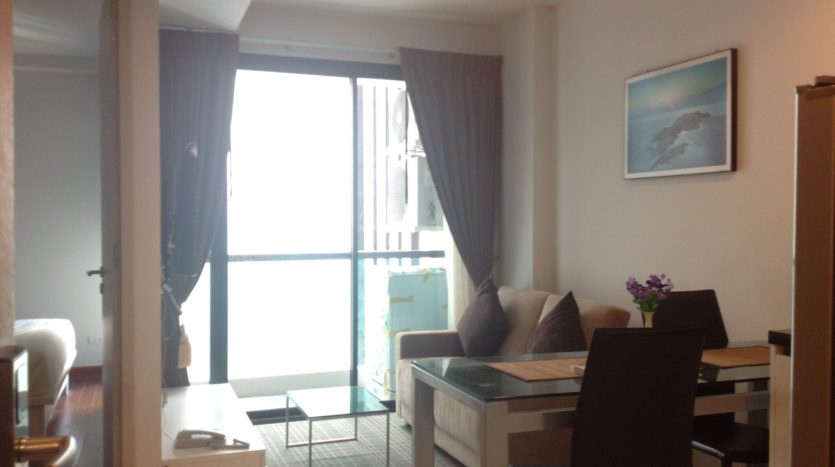 One bedroom unit for rent in Thong Lo - Living room