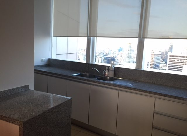 Two bedroom property for rent in Asoke - Kitchen space
