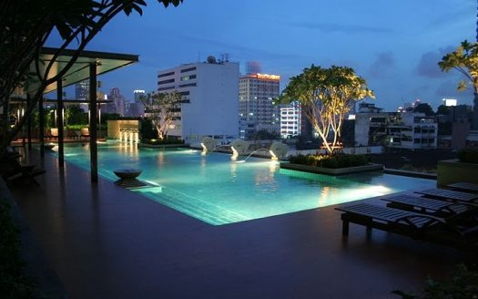 One bedroom condo for rent in Rama 9 - Pool