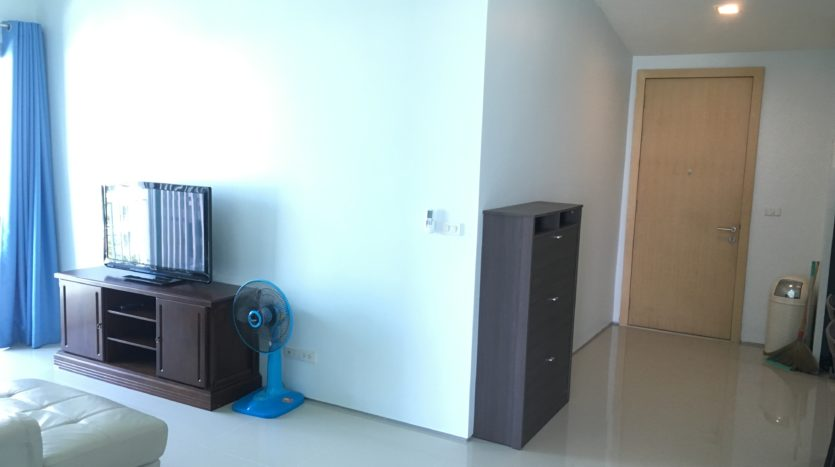 Two bedroom condo for rent in Ari - Hallway