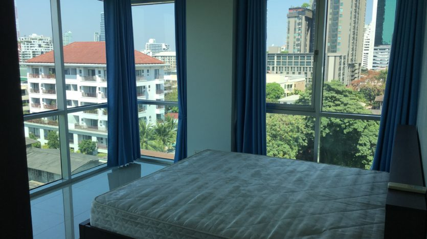 Two bedroom condo for rent in Ari - Master bedroom