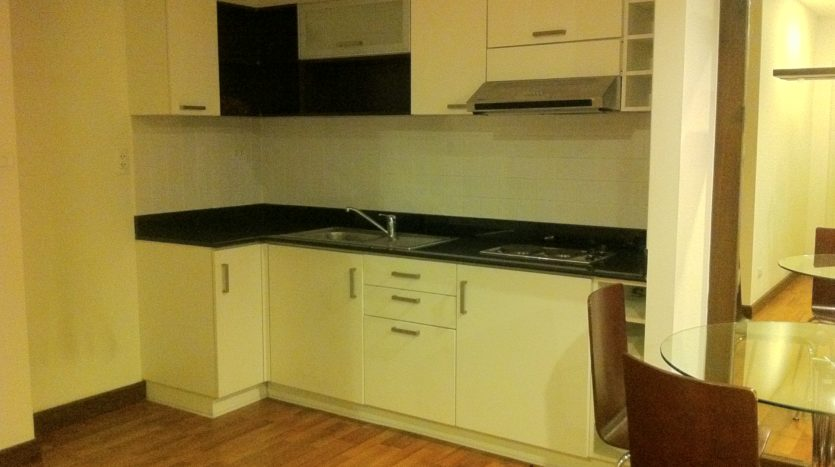 Two bedroom corner unit for rent in Ari - Kitchen