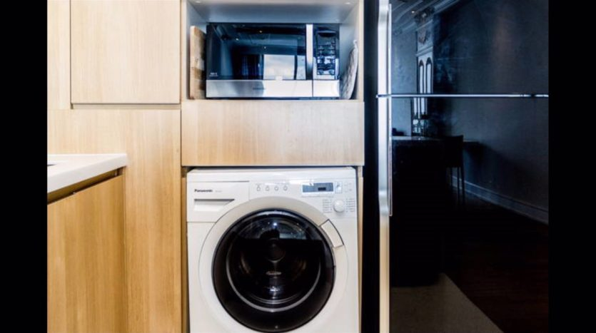 Two bedroom condo for rent in Nana - Washing machine