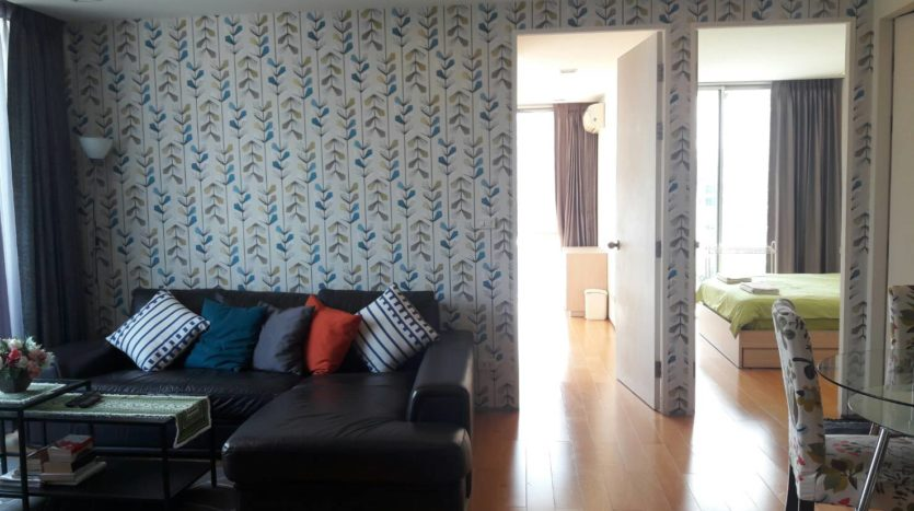 Two bedroom condo for rent in Ari - Living room