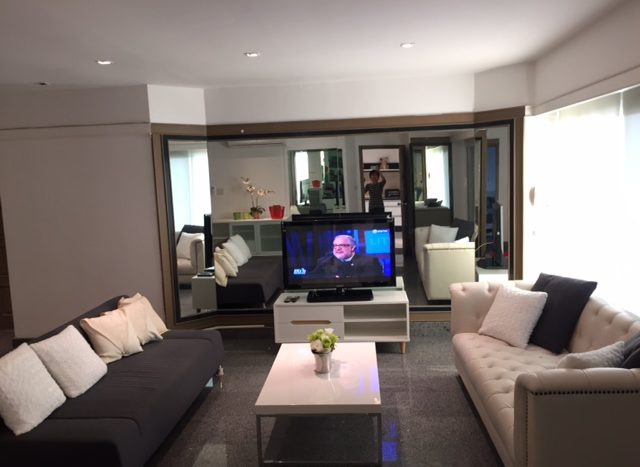 Three bedroom condo for rent in Thong Lo - Seating