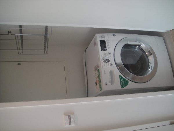 Two bedroom Condo for rent in Thong Lo - Washing machine