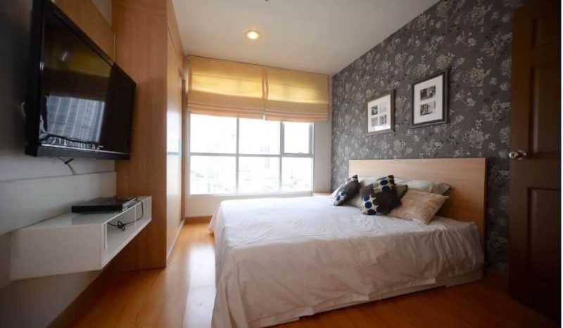 Two bedroom condo for rent in Ekamai - Bed