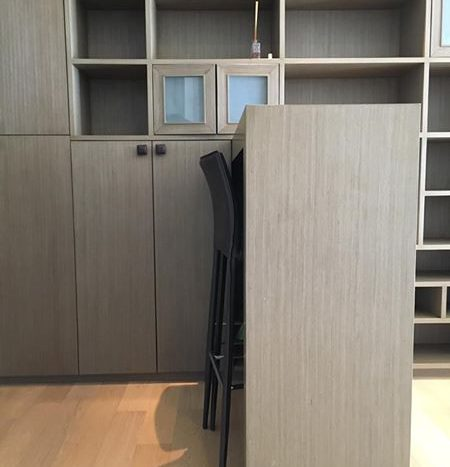 One bedroom condo for rent in Ari - Table