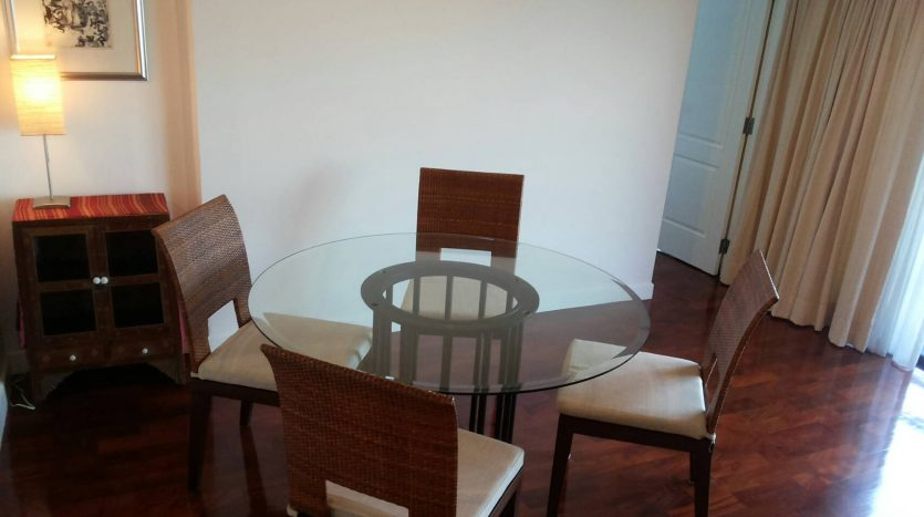Two bedroom condo for rent in Ari - Dining table