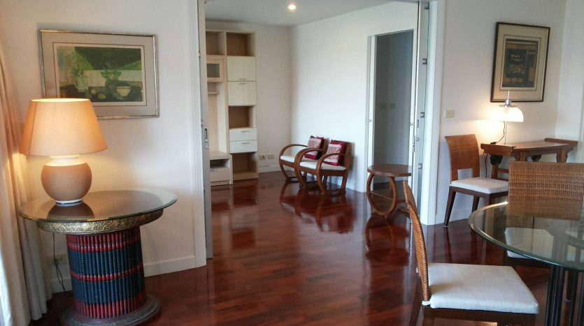 Two bedroom condo for rent in Ari - Living area