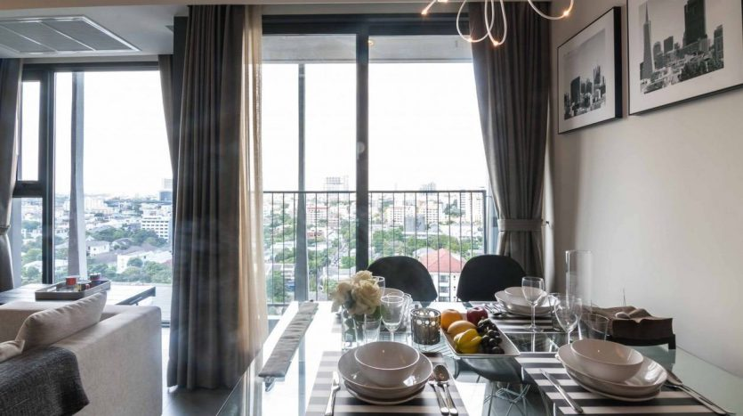 Stylish two bedroom condo for rent in Ari - Dining table