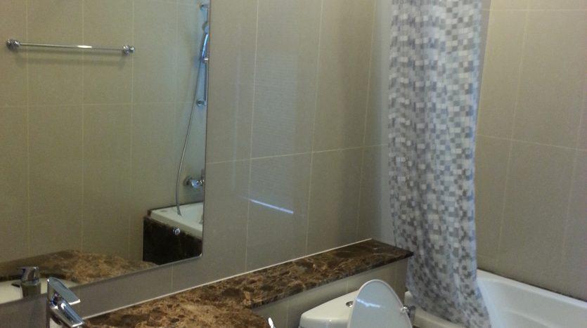 Two bedroom condo for rent in Nana - Bathroom