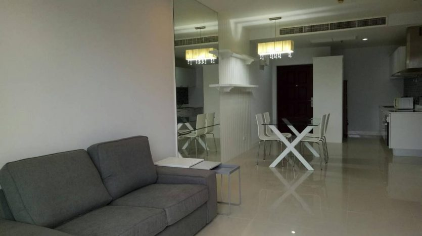 Two bedroom condo for rent in Nana - Living room