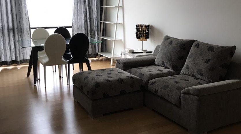 One bedroom condo for rent in Ari - Sofa/Dining