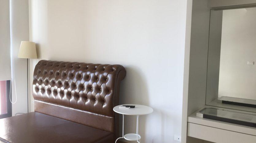 One bedroom condo for rent in Ari -Bed