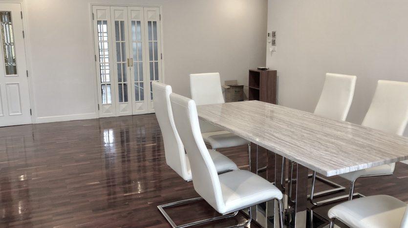 Apartment for rent on Soi Ari 3 - Dining room