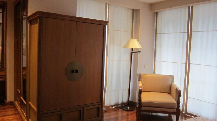Two bedroom condo for rent in Langsuan - Storage