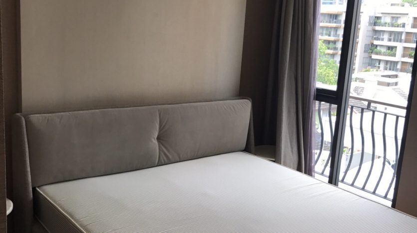 Two bedroom condo for rent in Langsuan - Master bedroom