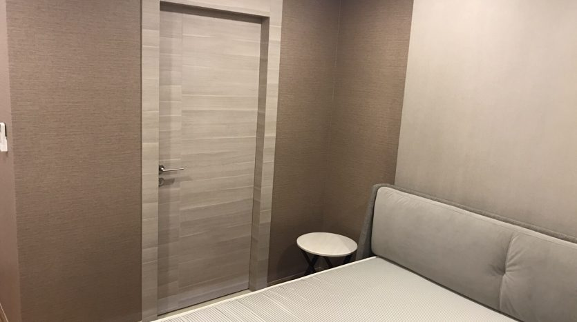 Two bedroom condo for rent in Langsuan - Second bedroom