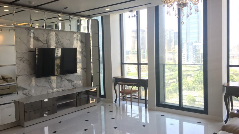 Two bedroom condo for rent in Ploenchit - TV