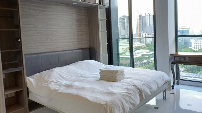 Two bedroom condo for rent in Ploenchit - Second bedroom