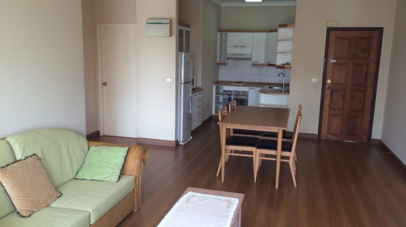 Three bedroom condo for rent in Thonglor - Unit