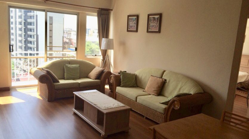 Three bedroom condo for rent in Thonglor - Sofa