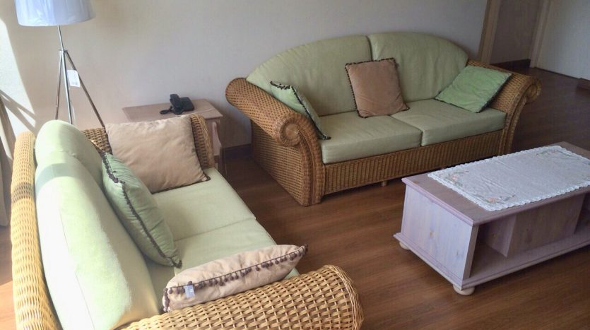 Three bedroom condo for rent in Thonglor - Seating