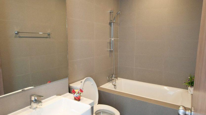 One bedroom condo for rent in Ari - Bath