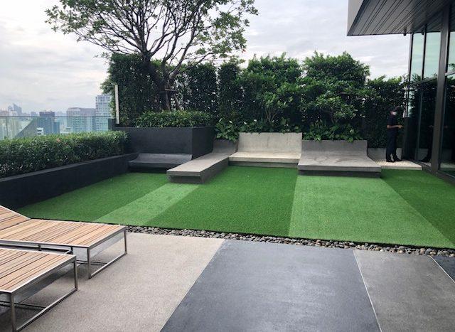 Two bedroom condo for rent in Ekamai - Roof garden