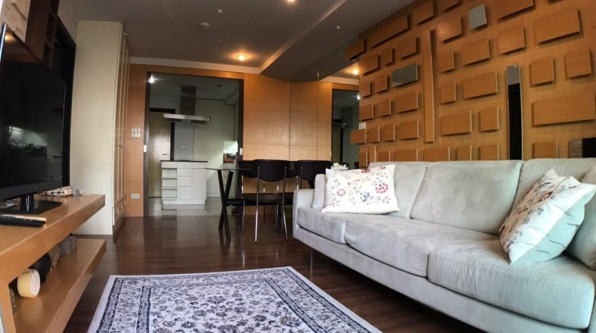 Two bedroom condo for rent in Ari - Sofa