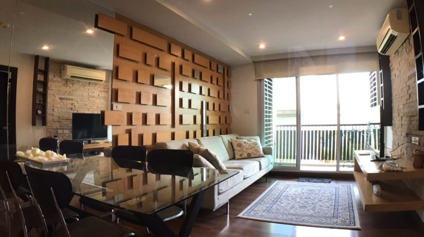 Two bedroom condo for rent in Ari - Table
