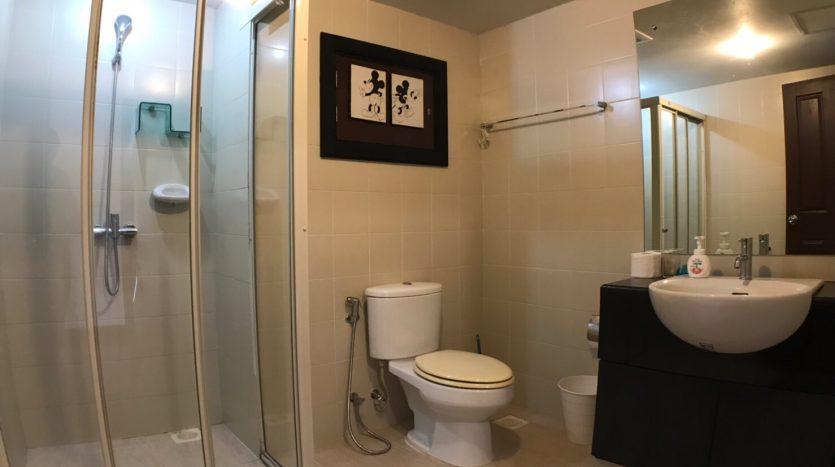 Two bedroom condo for rent in Ari - En-Suite