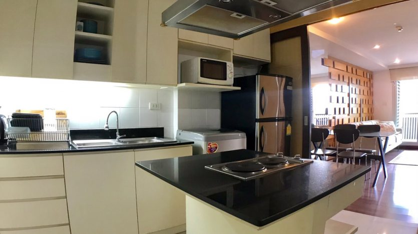 Two bedroom condo for rent in Ari - Island