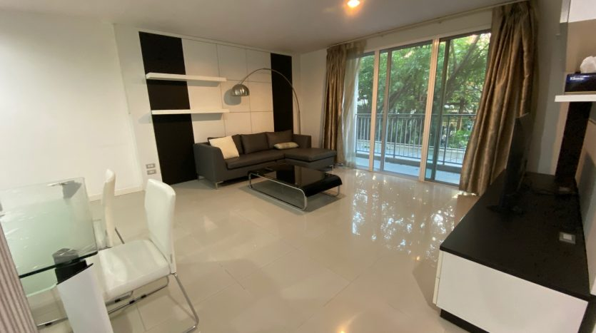 Two bedroom condo for rent in Ari - Full unit