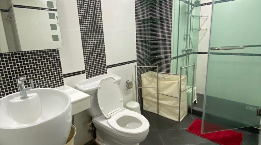 Two bedroom condo for rent in Ari - Bathroom