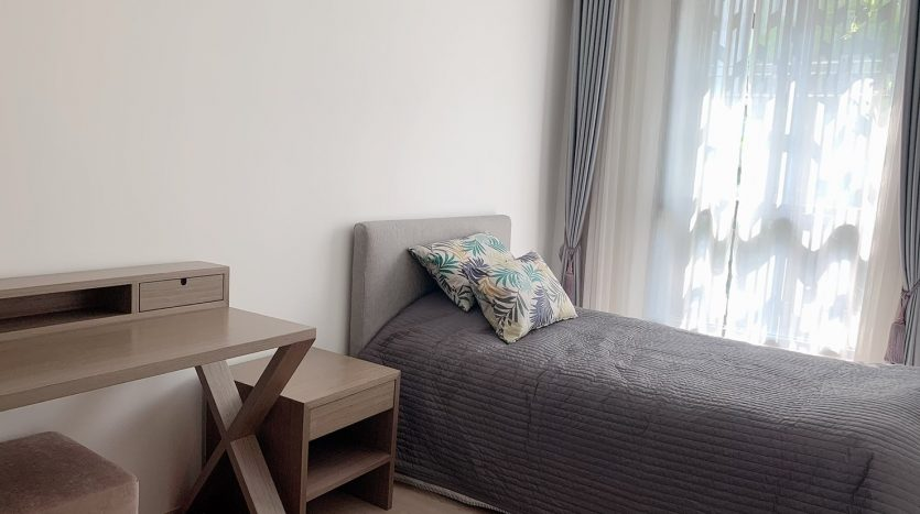 Two bedroom condo for rent In Ari - Single bed