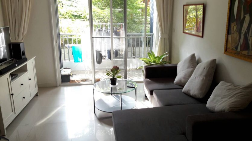 Two bedroom condo for rent in Sanampao - Sofa