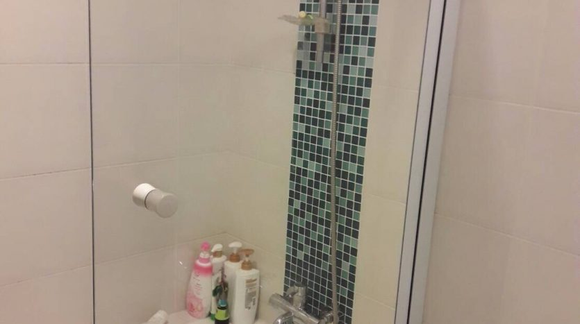 Two bedroom condo for rent in Sanampao - Bathroom