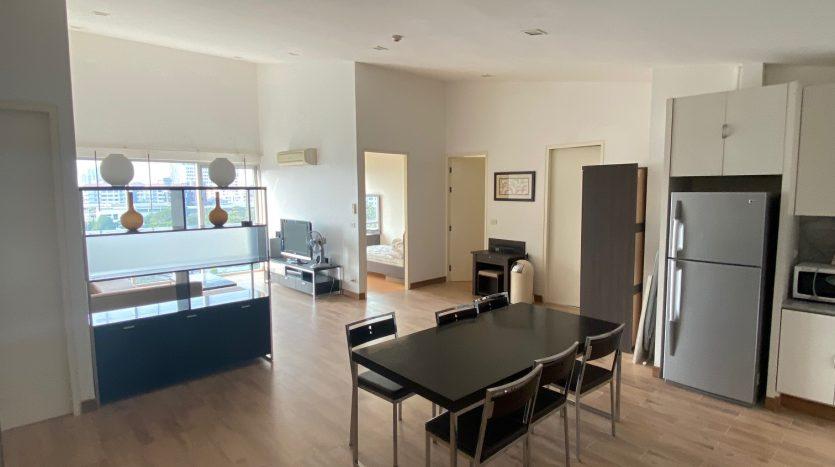 Three bedroom condo for rent in Ari - Dining area