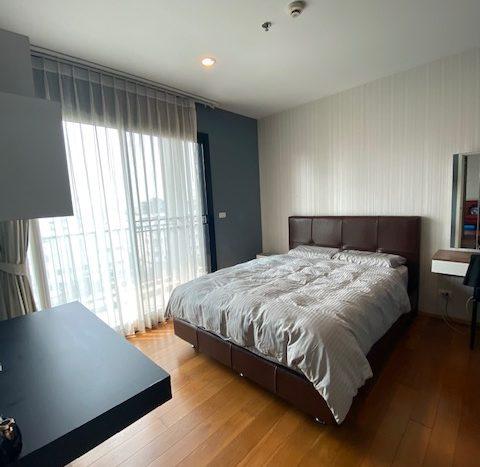 Two bedroom unit for rent in Ari - Master bedroom